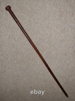 WW1 Hand-Carved Walking Stick With'Guards Machine Gun Corps' Raised Emblem 1916